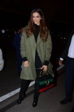 Deepika Padukone snapped on 13th Jan 2017 (8)_587a1f6b37c01.JPG