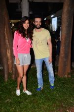 Disha Patani snapped with Punit Malhotra post shoot on 13th Jan 2017 (2)_587a1ed4af550.JPG