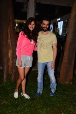 Disha Patani snapped with Punit Malhotra post shoot on 13th Jan 2017 (9)_587a1efbee6cb.JPG