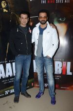 Rohit Roy, Ronit Roy at Kaabil interviews on 13th Jan 2017 (19)_587a152254873.JPG