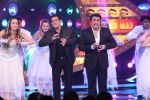 Salman and Govinda dance to Soni De Nakhare on Bigg Boss Weekend Ka Vaar (1)_587a14463b5b6.JPG