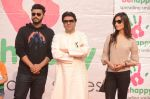 Arjun Kapoor, Raj Thackeray at Be Happy event in Mumbai on 14th Jan 2017 (64)_587b686d5aaa7.JPG