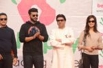 Arjun Kapoor, Raj Thackeray at Be Happy event in Mumbai on 14th Jan 2017 (70)_587b686f4beda.JPG