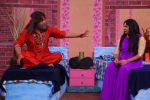 Krushna Abhishek dressed as Swami OM and Sudesh Lahri dressed as Lopamudra Raut on the set of Comedy Nights Bachao Taaza_587b6078280ca.JPG