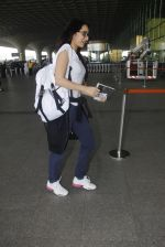 shraddha kapoor snapped at airport on 15th Jan 2017 (34)_587b6a9eaf104.JPG