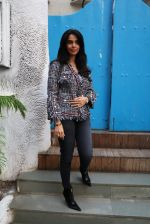 Mallika Sherawat snapped on 15th Jan 2017 (5)_587c70c4b6579.JPG
