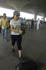 Preity Zinta snapped in Mumbai on 15th Jan 2017 (15)_587c70e27be1f.JPG