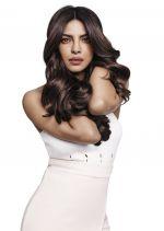 Pantene New Brand Ambassador Priyanka Chopra_58805d2a37607.jpg
