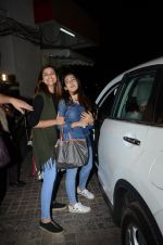 Parineeti Chopra snapped at PVR on 17th Jan 2017 (39)_5880816a85e04.JPG