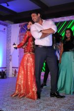 Rashmi Desai, Siddharth Shukla at Dil Se Dil Tak new show on Colors on 18th Jan 2017 (152)_58808c7d40f98.JPG