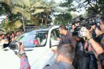 Salman Khan arrives in Mumbai after being acquitted in the Arms case (5)_588061316692c.JPG