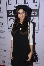 Sapna Pabbi at Elle Graduate Awards on 17th Jan 2017 (41)_58807d6a6de87.JPG