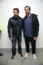 Ajay Devgan, Arjun Rampal at Super Fight league press meet on 19th Jan 2017 (43)_5881d0ccd26c1.jpg
