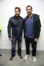 Ajay Devgan, Arjun Rampal at Super Fight league press meet on 19th Jan 2017 (49)_5881d0fa3a3af.jpg