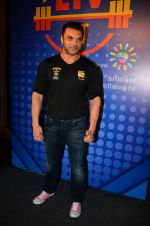Sohail Khan snapped at Sony Liv fitness event on 19th Jan 2017 (61)_5881d1e6772d4.JPG