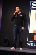 Sooraj Pancholi snapped at Sony Liv fitness event on 19th Jan 2017 (45)_5881d255c0819.JPG