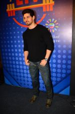 Sooraj Pancholi snapped at Sony Liv fitness event on 19th Jan 2017 (73)_5881d259b7ba0.JPG
