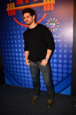 Sooraj Pancholi snapped at Sony Liv fitness event on 19th Jan 2017 (74)_5881d25a657ce.JPG