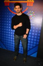 Sooraj Pancholi snapped at Sony Liv fitness event on 19th Jan 2017 (77)_5881d25b8b744.JPG