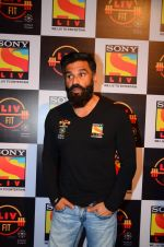 Sunil Shetty snapped at Sony Liv fitness event on 19th Jan 2017 (97)_5881d23a65f22.JPG