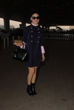 Urvashi Rautela snapped at airport on 19th Jan 2017 (12)_5881d0a006fad.JPG