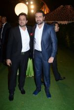 Harman Baweja at Ronnie Screwala daughter wedding reception on 20th Jan 2017 (363)_588379fb0176c.JPG