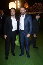 Harman Baweja at Ronnie Screwala daughter wedding reception on 20th Jan 2017 (364)_588379fba15ee.JPG