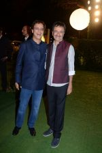 Rajkumar Hirani, Vidhu Vinod Chopra at Ronnie Screwala daughter wedding reception on 20th Jan 2017 (399)_58837ad78fdc1.JPG