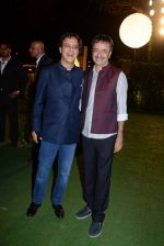 Rajkumar Hirani, Vidhu Vinod Chopra at Ronnie Screwala daughter wedding reception on 20th Jan 2017 (397)_58837ace3941a.JPG