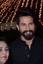 Shahid Kapoor at Ronnie Screwala daughter wedding reception on 20th Jan 2017 (180)_58837af4e107f.JPG