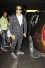 Govinda snapped at airport on 22nd Jan 2017 (28)_5885b01509ac5.JPG