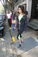 Jhanvi Kapoor snapped with her linked boy on 21st Jan 2017 (8)_5885a70de4ed5.jpg