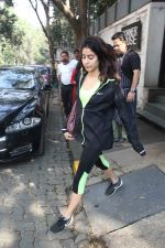 Jhanvi Kapoor snapped with her linked boy on 21st Jan 2017 (9)_5885a7105cf29.jpg