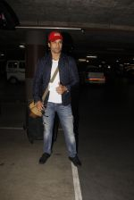 Rohit Roy snapped at airport on 22nd Jan 2017 (32)_5885b02d7ae8c.JPG