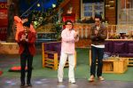 Jackie Chan on the sets of The Kapil Sharma Show on 23rd Jan 2017 (3)_5886f0a1e75d3.jpg
