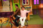 Jackie Chan on the sets of The Kapil Sharma Show on 23rd Jan 2017 (5)_5886f0a346dec.jpg