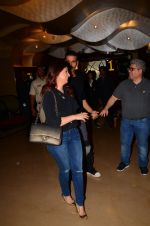 Twinkle Khanna at Kaabil premiere on 23rd Jan 2017 (20)_5886ffcc6bf06.JPG