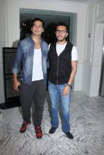 Dino Morea, Ritesh Sidhwani at Special screening at Globus on 24th Jan 2017 (41)_58884975b714d.JPG