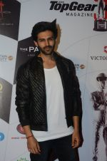 Kartik Aaryan at Top Gear Awards in Mumbai on 25th Jan 2017 (25)_588ae8b6682fc.JPG