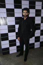 Taaha Shah for designer Pawan Sachdeva (1)_588ae28455ad2.jpg