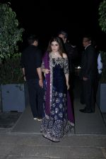 Raveena Tandon at Radha Kapoor_s Wedding Reception on 28th Jan 2017 (50)_588df909d22aa.JPG