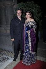 Raveena Tandon at Radha Kapoor_s Wedding Reception on 28th Jan 2017 (54)_588df910779b0.JPG