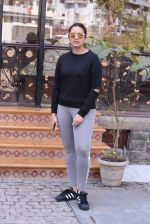 Huma Qureshi snapped at Royal Opera House as she went to shoot for House of Kotwara_s new fashion shoot on 29th Jan 2017 (8)_588ee71ecec3c.JPG