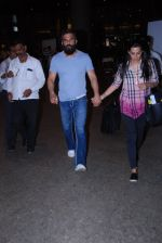 Sunil Shetty snapped at airport on 29th Jan 2017 (11)_588edff102d23.JPG