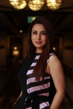 Tisca Chopra at Kolkata Literary meet on 29th Jan 2017 (15)_588ee7b733fea.JPG