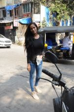 Poonam Pandey snapped in Bandra on 30th Jan 2017 (7)_5890369ed8599.JPG