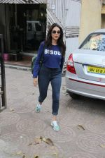 Aditi Rao Hydari snapped in Bandra on 31st Jan 2017 (13)_5891877875412.JPG