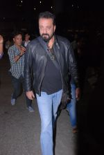 Sanjay Dutt snapped at airport on 31st Jan 2017 (13)_58918801e33e6.JPG