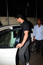 Sooraj Pancholi snapped in Juhu on 31st Jan 2017 (2)_58918adf126cb.JPG