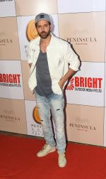 Hrithik Roshan at 3rd Bright Awards 2017 in Mumbai on 6th Feb 2017_58999365367f4.JPG